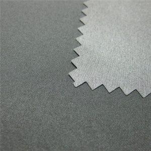 Tissu imperméable enduit extérieur de veste de 100% de pongé de polyester