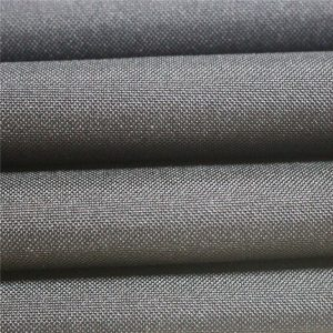 Tissu de vêtements de polyester fabriqué en usine et en gros, tissu Dyde, tissu de tablier, nappe, Artticking, tissu de sacs, mini tissu de Matt